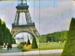 Film Reisen Paris02 Eiffelturm (rerednaw_at) Tags: schmalfilmnormalacht vergangenheit reisen paris eiffelturm
