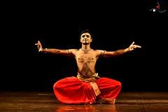 Parshwanath_6 (akila venkat) Tags: bharatanatyam parshwanathupadhye maledancer dancer art culture performance indiandance classicaldance bangalore sevasadan
