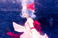 Remilia Scarlet (bdrc) Tags: asdgraphy sony a6000 selp1650 kitlens zoom meikon waterproof housing remilia scarlet vampire loli touhou project josette underwater water blue background wet floating cosplay portrait girl acg workaround salt pool goddess