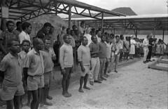 album2film142foto029 (Melanesian cultures) Tags: baliem baliemvallei sibil sibilvallei josdonkers eranotali wisselmeren papua irian jaya nieuwguinea ofm franciscanen minderbroeders missionaris