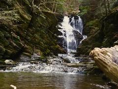 Cascade Trail (SplashH2O) Tags: rocks falls waterfall cascade rock nature moving falling flowing explore massachusetts berkshires cascadestrail northadams