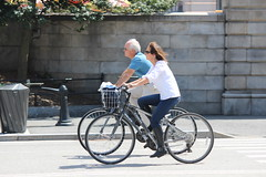 Central Park Cherry Blossom (shinya) Tags: sakura cherryblossom jacquelinekennedyonassisreservoir bicycle