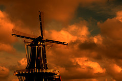 untitled (haarlem, netherlands) (bloodybee) Tags: haarlem netherlands holland europe windmill mill sunset sky clouds orange
