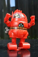 """4"""" Wind-Up Analyzer Robot (Nomura 1978) (Donald Deveau) Tags: nomura japanesetoy robot toys toyphotography vintagetoy japanesecharacter sciencefiction windup tvshow anime cartoon starblazers spacebattleshipyamato"""