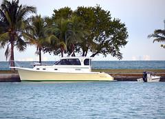 marlow 32 exterior (Soundings Magazine) Tags: boats pocketcruisers cruisers yachts