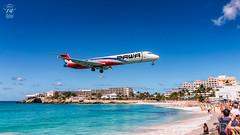 Pawa Dominicana MD-83 (Green 14 Pictures) Tags: aviation avporn airport aircraft avgeek airplane air airline airlines airfield airways pawadominicana 7q pwd hi977 mcdonnelldouglas mcdonnell douglas md83 maddog princessjulianainternationalairport maho mahobeach sxm tncm