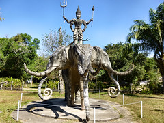 300 Xieng Khuan (farfalleetrincee) Tags: travel sculpture art tourism asia southeastasia religion statues buddhism adventure guide laos hinduism vientiane buddhapark syncretism thaiborder xiengkhuan