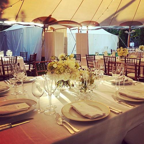 #hamtonswedding #fallwedding #Hamptons #sunsetlight
