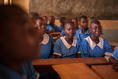 In class | Kenya (ReinierVanOorsouw) Tags: school kids kid education classroom kenya class health wash kenia hygiene ngo sanitation kakamega kenyai kisumu beyondborders gezondheid qunia  simavi   beyondbordersmedia beyondbordersutrecht sanitatie ngoproject