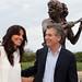 Mauricio Macri inauguró en el Paseo de la Gloria ubicada en la Costanera Sur la estatua en homenaje a Gabri ela Sabatini