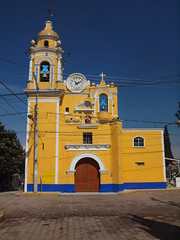 A small church on a Saturday morning. (irishvillage) Tags: churches cholula pueblamexico olympuse620