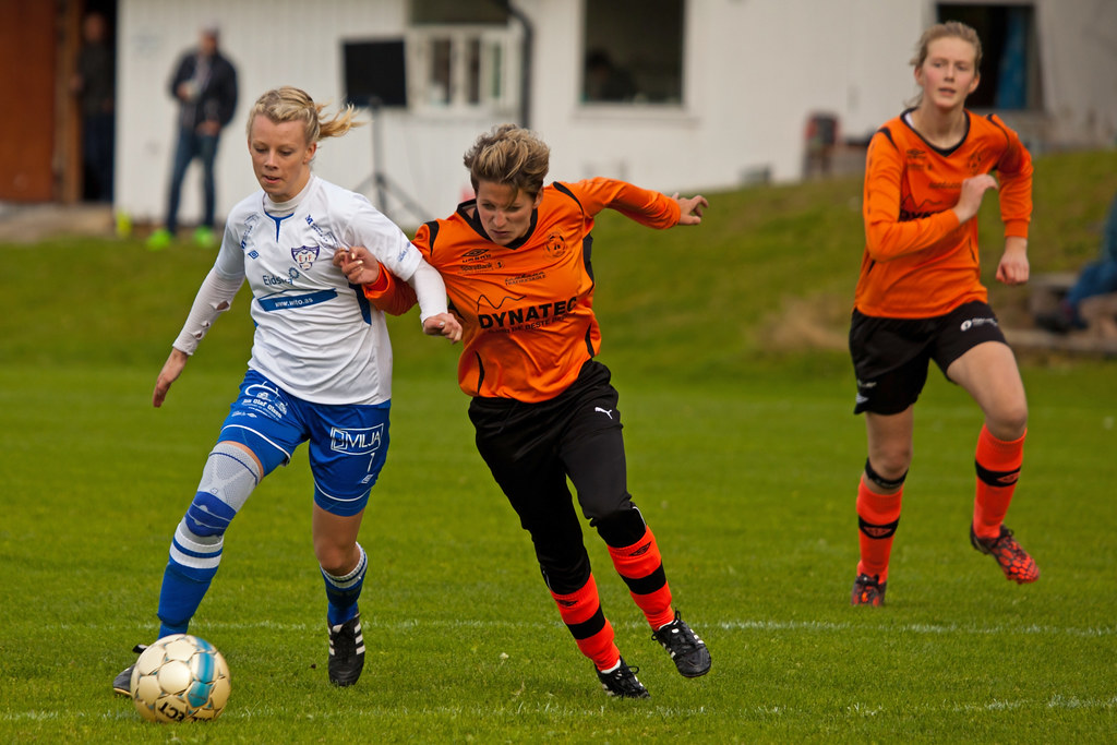 pages Lyn Fotball Damer
