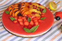 Torta fredda allo yogurt (katefoto-) Tags: dolce frutta compleanno torta pasticceria fragole irmaladolce irmaladolceblogspotcomblogspotit201409tortafreddaalloyogurthtml