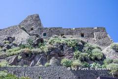 Castelsardo (SS), 2014, Il borgo fortificato. (Fiore S. Barbato) Tags: sardegna italy doria castello borgo golfo asinara castelsardo anglona fortificato
