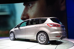 Ford S-Max (trasera)