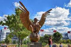 Discovery Green statues - art or porn? (elnina999) Tags: park city green art monument bronze naked photography fantastic artwork artist texas houston mexican oriental creatures bernardo discovery sculptures perfection humanbody controversial anatomicallycorrect jorgemarin nikond5100 wingsofthe