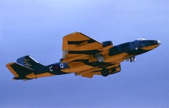 WK118_CQFinningleySep90 (stcaamekid) Tags: quebec airshow canberra 1990 wyton nlg finningley tt18 100squadron wk118