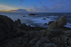 Ouessant Pointe de Pern - Lev de Soleil (AleX.D - SuShY**) Tags: canon soleil bleu uga paysage 1022 ouessant poselongue pointedepern