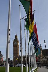 Flags (DoppioM) Tags: londra london bandiere flags commonwealth bigben westminster westminsterpalace elizabethtower garden clock clocktower