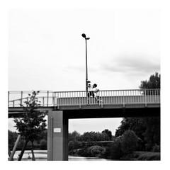 running on empty (japanese forms) Tags: ©japaneseforms2017 ボケ ボケ味 モノクロ 日本フォーム 黒と白 bw blackwhite blackandwhite blancoynegro bokeh candid jacksonbrowne monochrome random runningonempty schwarzweis square squareformat strasenfotografie straatfotografie streetphotography vlaanderen zwartwit