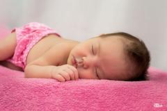 _DSC0020 (Jonas Kakaroto Honorato) Tags: jkakaroto newborn recemnascido baby bebe luna criança child