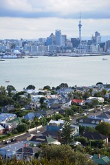 View from Mount Victoria, Devonport (Mark Tindale) Tags: waitemataharbour harbour auckland mountvictoria summit view lookout stunning devonport suburb town houses cottages waterway skyline towers offices