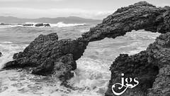 L'Arc de Portitxol (steelmancat) Tags: arc de portitxol arcdeportitxol emporda roques costabrava costa brava arco mar rocas stones blanc negre bn bw blackandwhite landscape catalunya catalonia
