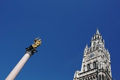 Munich, Germany - Friday, March 31, 11:55 AM (kyonoshashin) Tags: munich germany marienplatz neuesrathaus glockenspiel virginmary statue bluesky