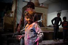 Jaipur - Holi festival #55 (Roberto Farina Travel Photography) Tags: child playground asia jaipur india portrait rajasthan