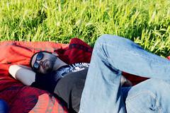 Sleeping. (Goodbye~Kiss) Tags: ritratto portrait ragazzo boy rayban relax sleep prato pickin natura sole