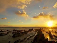 Wind came out (dayonkaede) Tags: rock ocean coast setting sun sunset wave nature landscape olympus em1markii m1240mm f28 settingsun beach sea sky