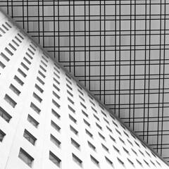 square architecture (jeffclouet) Tags: paris france europe capital nikon nikkor d7100 defense architecture arquitectura abstract abstrait abstracto monochrome moderne modern moderno bw pb nb city ville cuidad batiment edificio immeuble infrastructure urbain urban urbano lines building skyscrapers downtown graphic graphique grafico geometric geometrico geometrique skyscraper ventanas windows fenetre