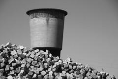 Fallen stones (Elbmaedchen) Tags: wasserturm altona neuemitte hamburg bricks schwarzweis blackandwhite turm