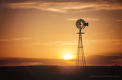 (Chains of Pace) Tags: western windmill windmillwednesday oklahoma oldwest rural sunset