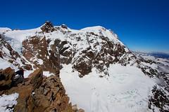 Monte Rosa (4.634 m) (Stefano★) Tags: montagna mountain monte rosa punta giordani primavera spring 2017 neve ghiaccio ice snow silenzio silence ghiacciaio glacier alpinismo mountaineering alpinism natura nature trekking hiking sole sun