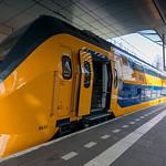 NS VIRMm 8637 about to leave Arnhem for Den Helder thumbnail