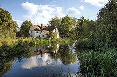 Flatford mill pond (Delboy Studios) Tags:
