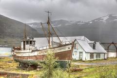 Seydisfjordur, Iceland (E.K.111) Tags: sea iceland urbannature hdr seydisfjordur urbanstilllife canon5dmarkiii