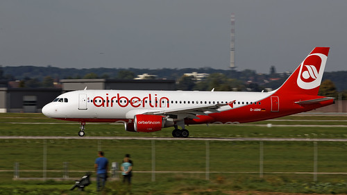 Air Berlin Airbus A320-214 D-ABNI