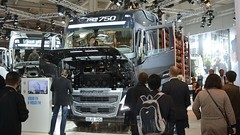 IAA Hannover 2014 - Volvo FH 16 750 GL04 (BonsaiTruck) Tags: volvo hannover camion trucks iaa lorries lkw 750 nutzfahrzeuge fh16 gl04