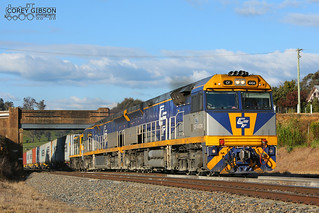 CF4404, CF4402 & 864 with the down 1311 Junee freight through Gunning.