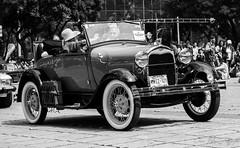 Guinness World Records Autos Antiguos_00034 (Omar Reina) Tags: cars ford chevrolet vw mexico ferrari cadillac antiguos porsche classics bmw hotrod dodge pontiac hemi mustang 32 v8 packard vocho chevy57 cdmx ford32