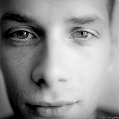 T. (Corentin Dalgarno) Tags: light portrait mamiya natural trix s 400 epson f28 80mm c330 v500