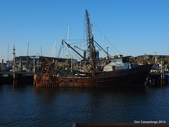 281-282 A Rusty Fishing Boat in Newport Harbor (Don C. over 1.9 Million Views) Tags: old ri boat ship newengland rusty rhodeisland newport fishingboat tauck