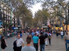 "Las Ramblas • <a style=""font-size:0.8em;"" href=""https://www.flickr.com/photos/66680934@N08/15303907437/"" target=""_blank"">View on Flickr</a>"
