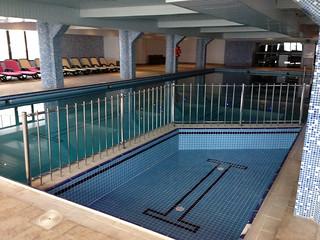paslanmaz çocuk havuzu korkuluğu