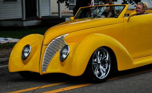 Yellow cars rule