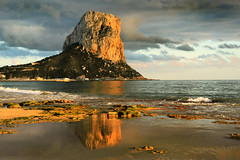 IMG_9047-1 Golden Peñon de ifach - Seen On Explore - 2014-09-26 # 06 (jaro-es) Tags: light sea españa luz sol nature water canon gold golden licht mar spain agua meer wasser natur natura explore sonne spanien oro costablanca naturesfinest spanelsko naturewatcher eos450 naturemaster flickrbronzetrophygroup