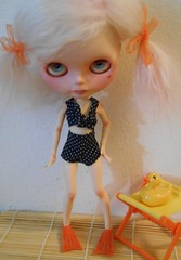 "Com'on Mom, these flippers are getting sweaty! (melanidee ""Lace Princess"") Tags: babycakes pinkalicious scalpbyunicornmine shepuppy xspureneemobody tblfactory ohmelinaswimsuit"