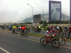 IMG_4100 (pueblobicicletero) Tags: santacatarina 2014 lahuasteca seguridadvial ciclismourbano sanpedrogarzagarca movilidadsostenible biciblanca parqueecolgicolahuasteca ciclismodeportivo